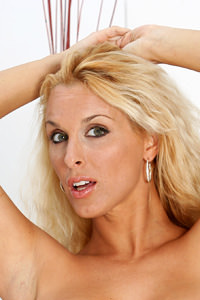 Picture of Holly Halston