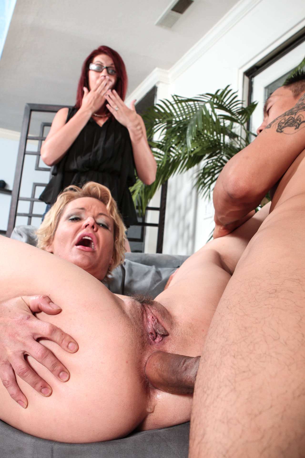 Cougar first anal