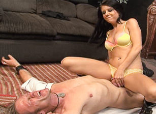This Isn't Observe And Report - It's A XXX Spoof!, Scene #04