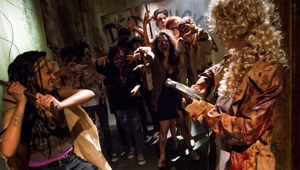 I Hate Zombie Dick – Skin Diamond, Kleio Valentien
