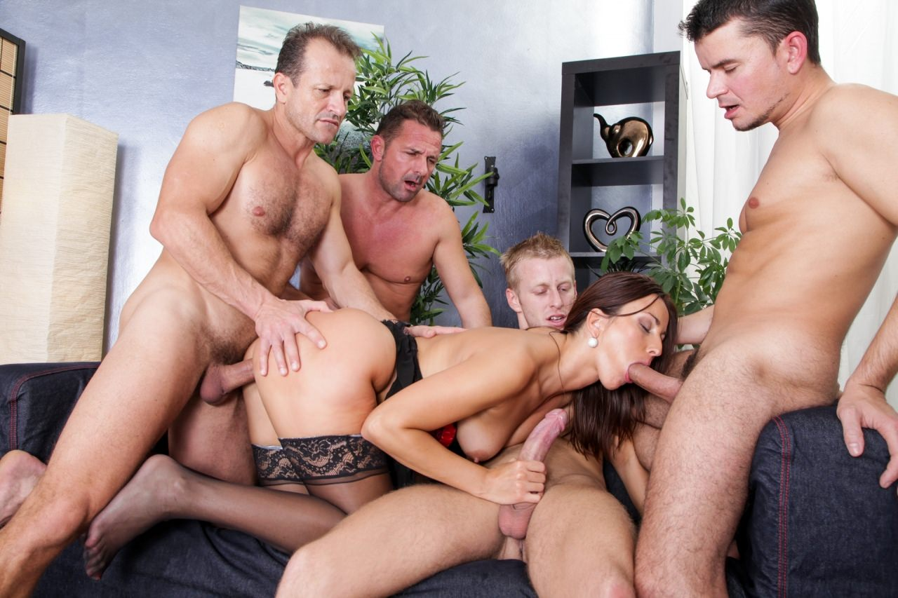 men-group-sex-pictures