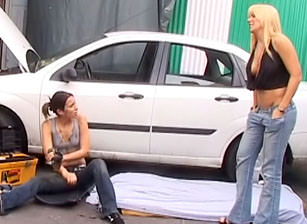 Lesbian Mechanics #01, Scene #04