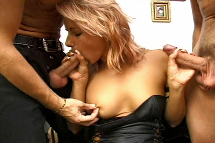 Screenshot 2 from the Christoph Clark's Euro Angels 2