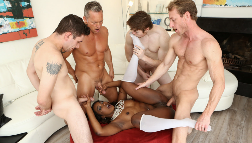 White Out – Skyler Nicole
