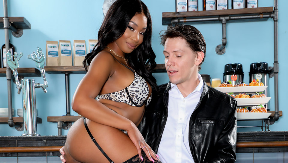 Ebony Anal Queens #02 - Lala Ivey & Rion King