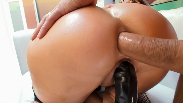 Buxom Brit MILF's Orgasmic Butt Fuck