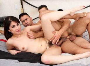Bi-Sexually Active, Scene #01