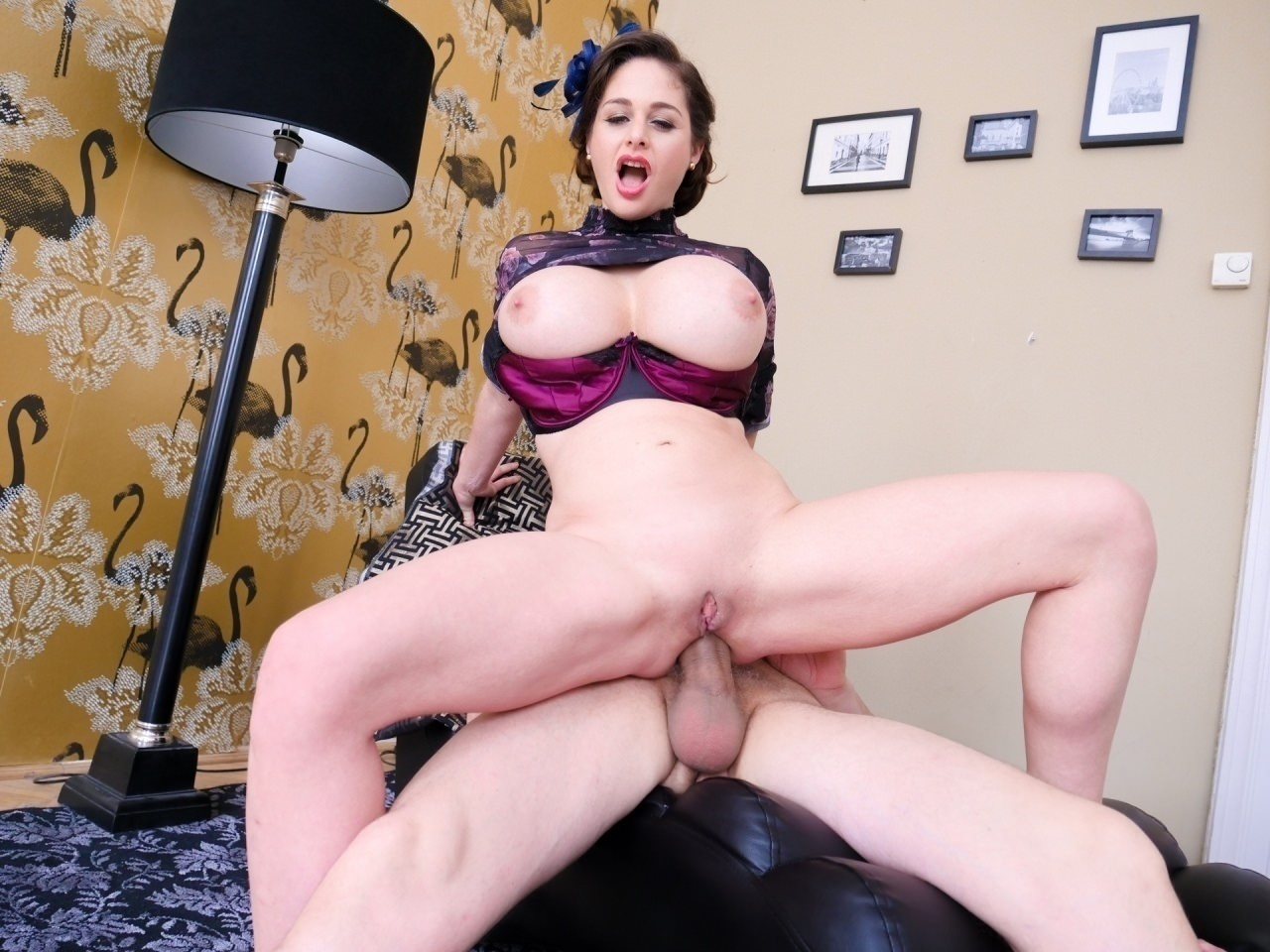 Screenshot 4 from the Proxy Paige's Anal Insanity