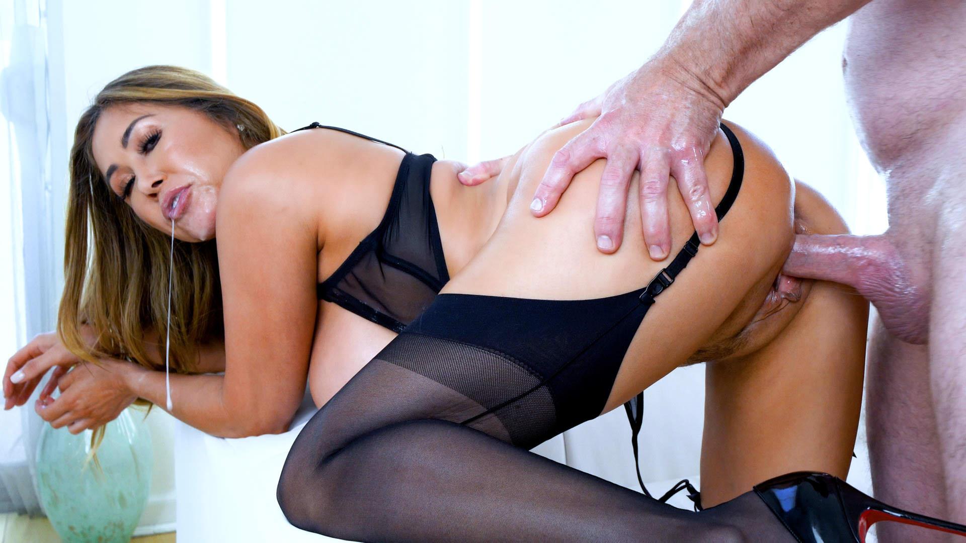 Kianna Dior: Busty Cum Slut 8 Sc. 8