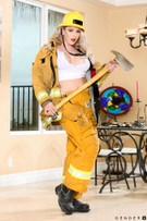 I Love a Trans in Uniform - Scene 1 picture 4