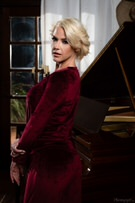 Glamour - Kit Mercer & Indica Monroe picture 26