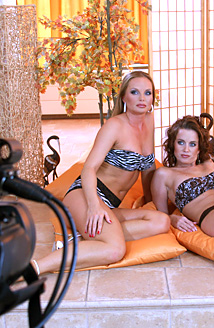 Silvia and Cindy Dollar - Pillows Picture