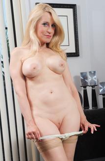 Robin Pachino Pussy Photo, Nude Robin Pachino Pics